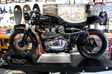 "Canyon Motorcycle's ""Super Bonnie"""