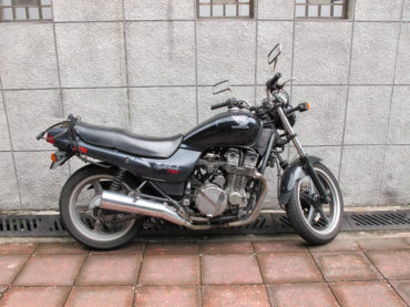 Meet Soichiro :: The Custom 1991 Honda Nighthawk Brat