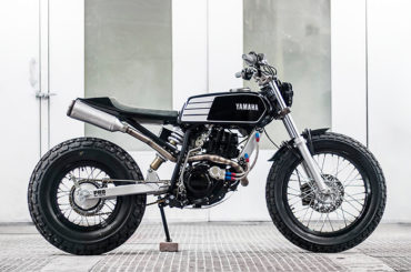 Fat Tracker TW200 by Wolf Moto