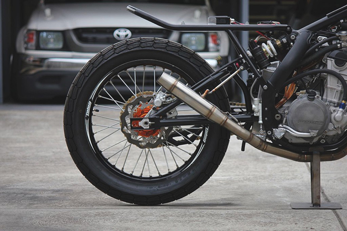 KTM 250 EXC-F cafe racer exhaust