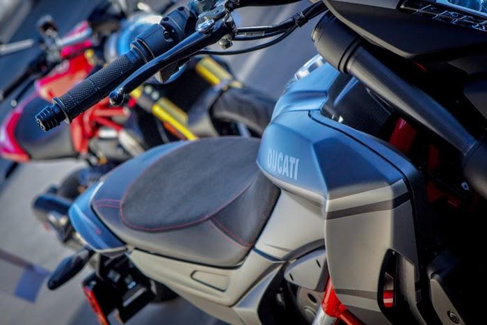 Ducati Hypermotard SP custom graphics
