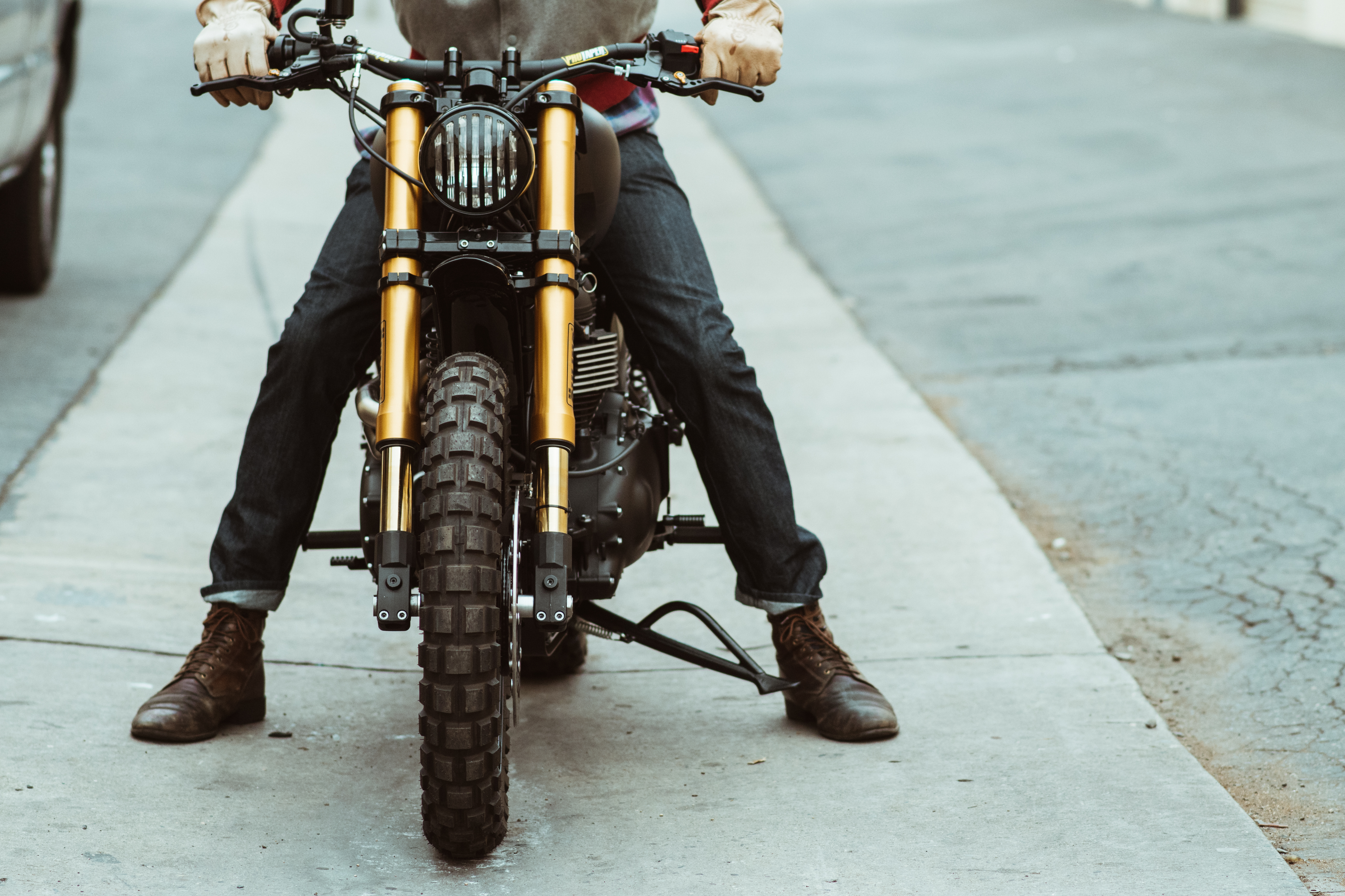 Seaweed and Gravel's custom Triumph Scrambler
