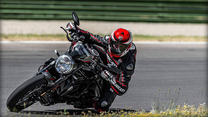 Ducati Monster 1200 R in black