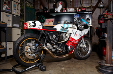 'Candylegs the third' CB750 racer