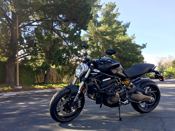 Ducati Monster 821, M821, Monster 821 Dark