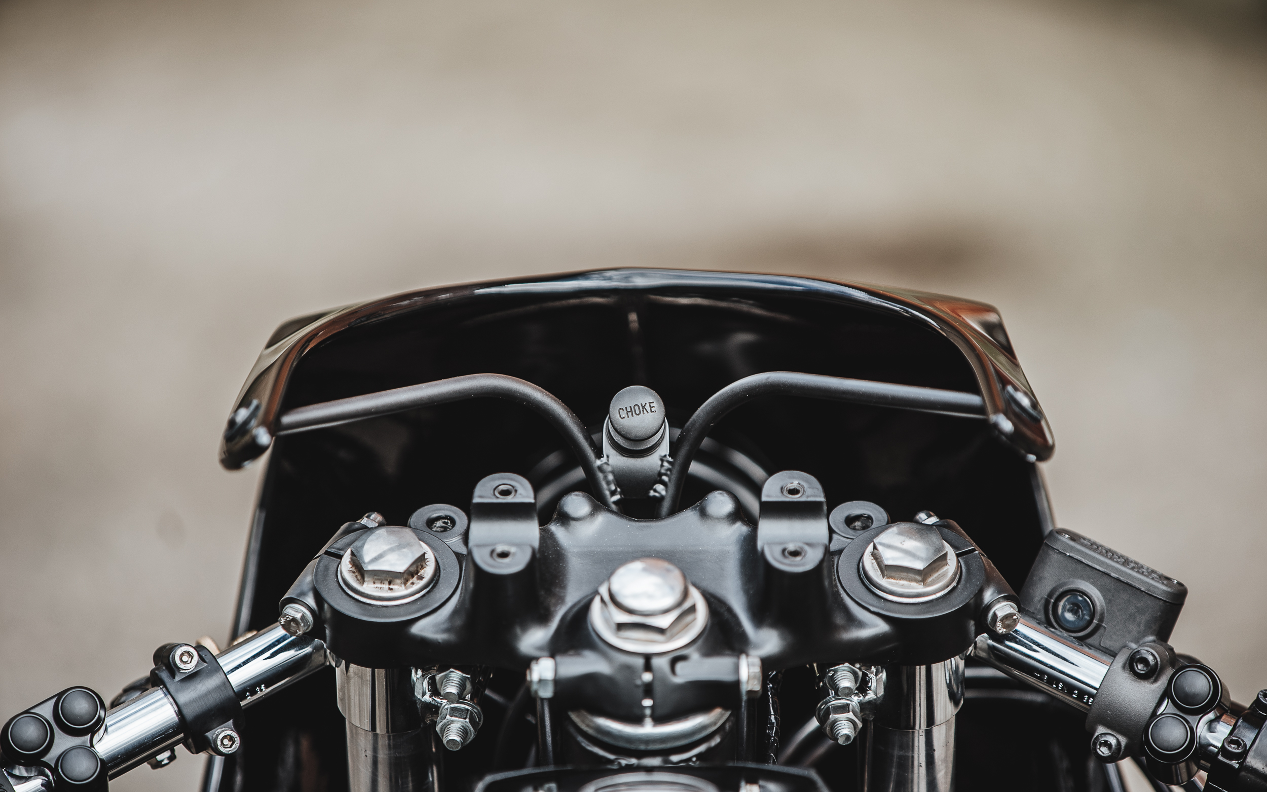 Hookie Co. CB550 cockpit