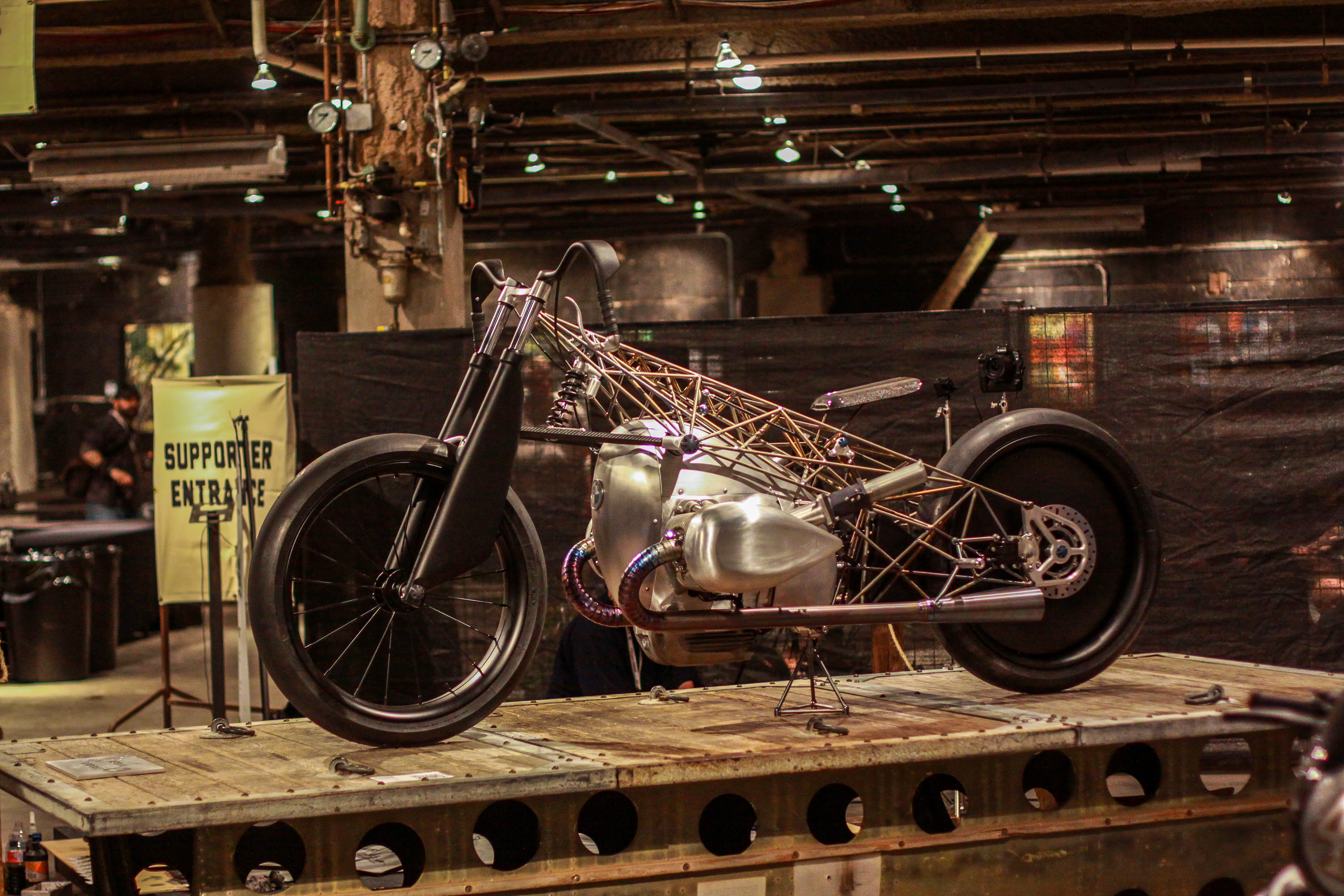 Revival Cycles Birdcage BMW