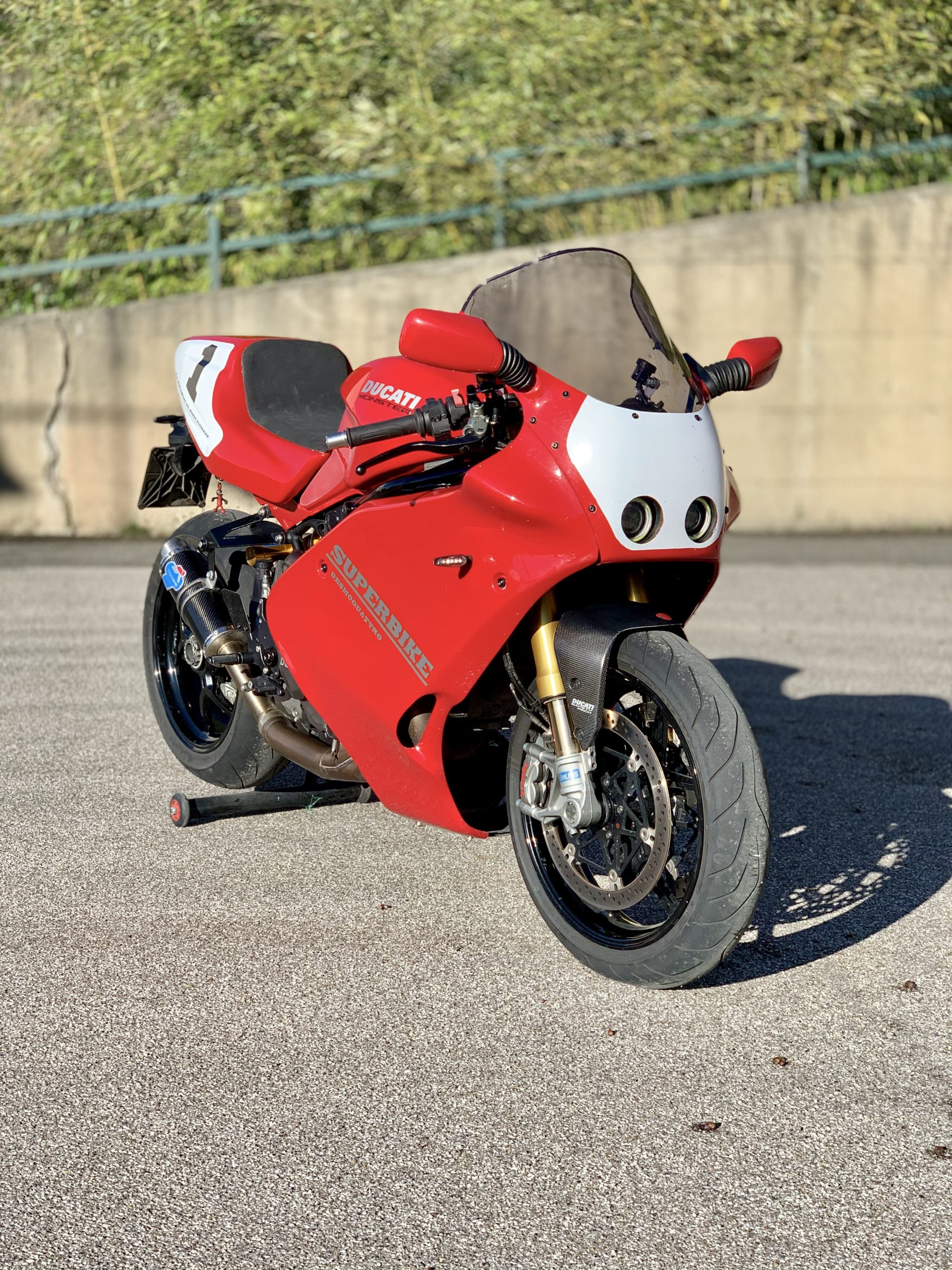 Custom Ducati Monster mixed with Ducati 888